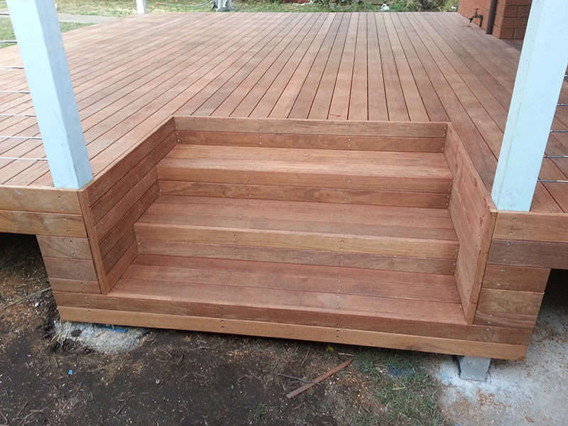 90mm Merbau Boxed Stairs Into Deck