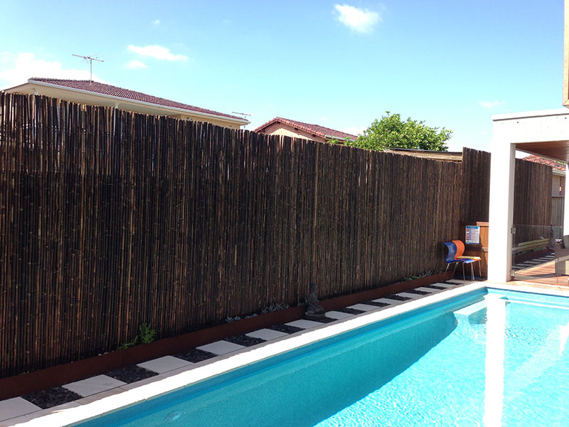 Privacy screen photos life outdoors decking st george for Privacy screen for pool